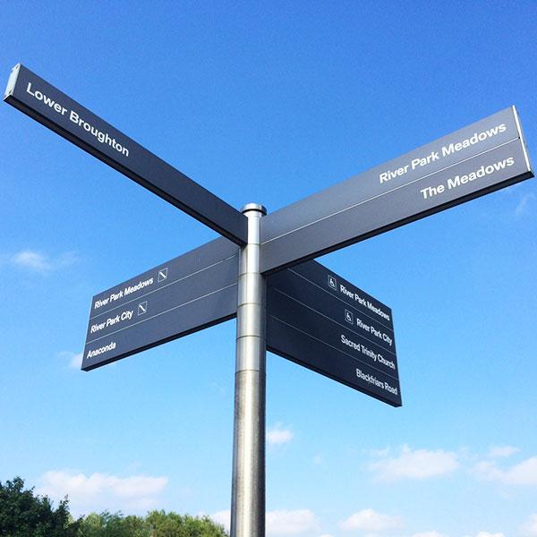 riverside-student-accommodation-signpost